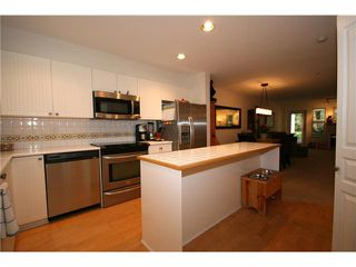 "Photo 2: 114 1702 56TH Street in Tsawwassen: Beach Grove Townhouse for sale in ""Beach Grove"" : MLS®# V893911"