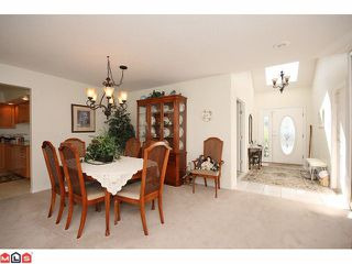 "Photo 2: 25 21746 52ND Avenue in Langley: Murrayville Townhouse for sale in ""Glenwood"" : MLS®# F1121585"