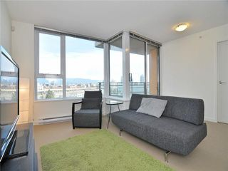 "Photo 2: 1201 33 SMITHE Street in Vancouver: Yaletown Condo for sale in ""Coopers Lookout"" (Vancouver West)  : MLS®# V924404"