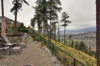 Photo 5: 2477 Selkirk Drive in Kelowna: Other for sale : MLS®# 10046968
