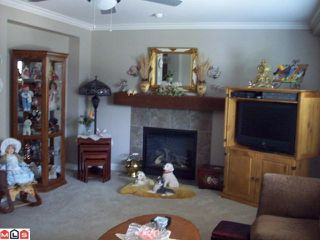 Photo 2: 33 45085 WOLFE Road in Chilliwack: Chilliwack W Young-Well Condo for sale : MLS®# H1202950