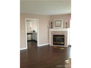 Photo 5: 302 9945 Fifth St in SIDNEY: Si Sidney North-East Condo for sale (Sidney)  : MLS®# 656929