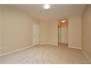 Photo 14: 105 380 Waterfront Cres in VICTORIA: Vi Rock Bay Condo Apartment for sale (Victoria)  : MLS®# 686271