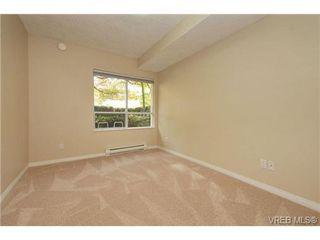 Photo 17: 105 380 Waterfront Cres in VICTORIA: Vi Rock Bay Condo Apartment for sale (Victoria)  : MLS®# 686271