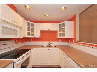 Photo 11: 105 380 Waterfront Cres in VICTORIA: Vi Rock Bay Condo Apartment for sale (Victoria)  : MLS®# 686271