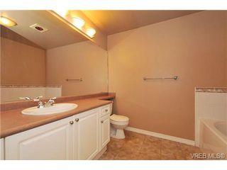 Photo 15: 105 380 Waterfront Cres in VICTORIA: Vi Rock Bay Condo Apartment for sale (Victoria)  : MLS®# 686271