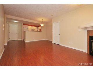 Photo 3: 105 380 Waterfront Cres in VICTORIA: Vi Rock Bay Condo Apartment for sale (Victoria)  : MLS®# 686271