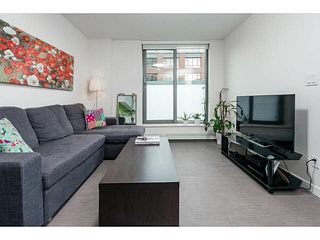 "Photo 2: 611 66 W CORDOVA Street in Vancouver: Downtown VW Condo for sale in ""60 W CORDOVA"" (Vancouver West)  : MLS®# V1104399"