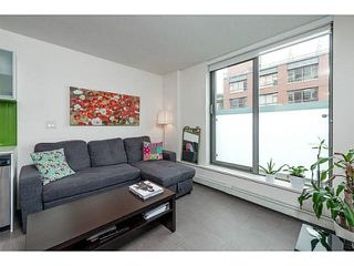 "Photo 3: 611 66 W CORDOVA Street in Vancouver: Downtown VW Condo for sale in ""60 W CORDOVA"" (Vancouver West)  : MLS®# V1104399"