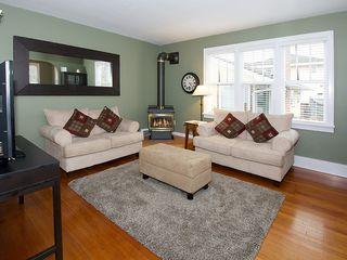Photo 2: 4926 53RD Street in Ladner: Hawthorne House for sale : MLS®# V1104642