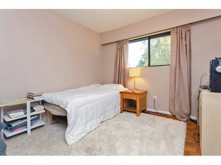 "Photo 15: 18110 58A Avenue in Surrey: Cloverdale BC House for sale in ""CLOVERDALE"" (Cloverdale)  : MLS®# F1437527"