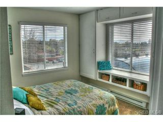 Photo 4: 402 1025 Hillside Avenue in VICTORIA: Vi Hillside Condo Apartment for sale (Victoria)  : MLS®# 349453