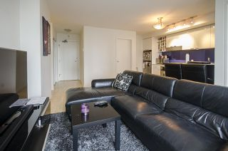 "Photo 10: 1907 602 CITADEL PARADE in Vancouver: Downtown VW Condo for sale in ""SPECTRUM 4"" (Vancouver West)  : MLS®# R2042899"