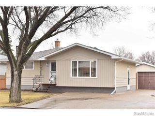 Photo 2: 67 MERLIN Crescent in Regina: Coronation Park Single Family Dwelling for sale (Regina Area 03)  : MLS®# 566828