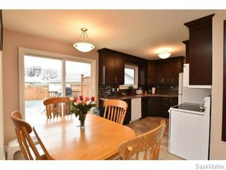 Photo 13: 67 MERLIN Crescent in Regina: Coronation Park Single Family Dwelling for sale (Regina Area 03)  : MLS®# 566828