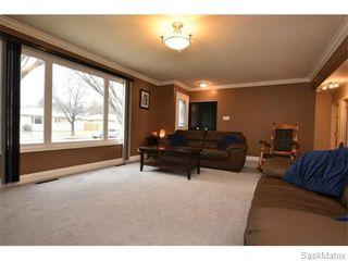 Photo 6: 67 MERLIN Crescent in Regina: Coronation Park Single Family Dwelling for sale (Regina Area 03)  : MLS®# 566828