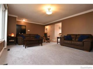 Photo 8: 67 MERLIN Crescent in Regina: Coronation Park Single Family Dwelling for sale (Regina Area 03)  : MLS®# 566828