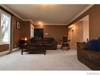 Photo 7: 67 MERLIN Crescent in Regina: Coronation Park Single Family Dwelling for sale (Regina Area 03)  : MLS®# 566828