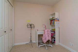 """Photo 15: 152 5660 201A Street in Langley: Langley City Condo for sale in """"PADDINGTON STATION"""" : MLS®# R2063812"""