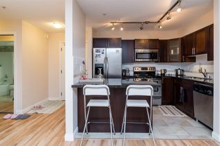 """Photo 2: 152 5660 201A Street in Langley: Langley City Condo for sale in """"PADDINGTON STATION"""" : MLS®# R2063812"""