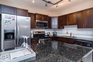 """Photo 3: 152 5660 201A Street in Langley: Langley City Condo for sale in """"PADDINGTON STATION"""" : MLS®# R2063812"""