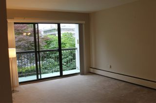 "Photo 4: 216 15020 N BLUFF Road: White Rock Condo for sale in ""North Bluff Village"" (South Surrey White Rock)  : MLS®# R2071361"