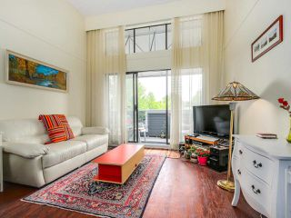 """Main Photo: P4 2885 SPRUCE Street in Vancouver: Fairview VW Condo for sale in """"FAIRVIEW GARDENS"""" (Vancouver West)  : MLS®# R2090215"""