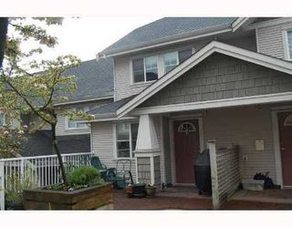 Photo 2: 25 232 TENTH Street: Uptown NW Home for sale ()  : MLS®# V709214