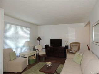 Photo 2: 933 Jefferson Avenue in Winnipeg: Maples Condominium for sale (4H)  : MLS®# 1628748