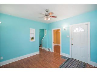 Photo 4: 429 Whittier Avenue East in Winnipeg: East Transcona Residential for sale (3M)  : MLS®# 1704905