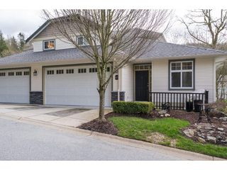 """Photo 1: 63 36260 MCKEE Road in Abbotsford: Abbotsford East Townhouse for sale in """"Kingsgate"""" : MLS®# R2155425"""