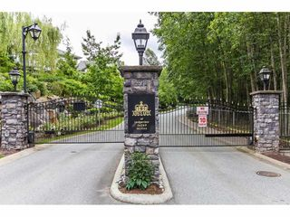 "Photo 2: 63 36260 MCKEE Road in Abbotsford: Abbotsford East Townhouse for sale in ""Kingsgate"" : MLS®# R2155425"