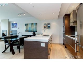 Photo 11: 304 200 Douglas St in VICTORIA: Vi James Bay Condo for sale (Victoria)  : MLS®# 756588
