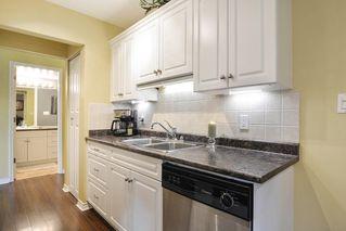 "Photo 12: 106 1444 MARTIN Street: White Rock Condo for sale in ""Martinview Manor"" (South Surrey White Rock)  : MLS®# R2158533"
