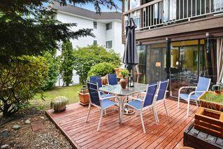 "Photo 17: 106 1444 MARTIN Street: White Rock Condo for sale in ""Martinview Manor"" (South Surrey White Rock)  : MLS®# R2158533"
