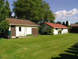 Photo 4: 8275 DEWDNEY TRUNK Road in Mission: Hatzic House for sale : MLS®# R2163289