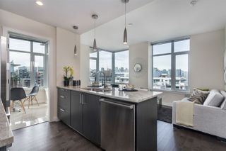 "Photo 10: 908 38 W 1ST Avenue in Vancouver: False Creek Condo for sale in ""THE ONE"" (Vancouver West)  : MLS®# R2164655"