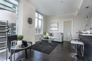 "Photo 11: 908 38 W 1ST Avenue in Vancouver: False Creek Condo for sale in ""THE ONE"" (Vancouver West)  : MLS®# R2164655"
