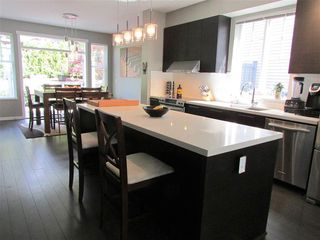 Photo 5: 10 3470 Highland Drive in Coquitlam: Burke Mountain Townhouse for sale : MLS®# R2164105