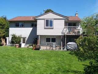 Photo 9: 13790 BLACKBURN Ave in South Surrey White Rock: Home for sale : MLS®# F1310728