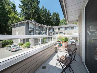 """Photo 2: 61 181 RAVINE Drive in Port Moody: Heritage Mountain Townhouse for sale in """"VIEWPOINT"""" : MLS®# R2188868"""