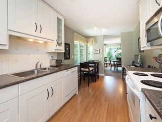 """Photo 7: 61 181 RAVINE Drive in Port Moody: Heritage Mountain Townhouse for sale in """"VIEWPOINT"""" : MLS®# R2188868"""