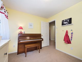 """Photo 18: 61 181 RAVINE Drive in Port Moody: Heritage Mountain Townhouse for sale in """"VIEWPOINT"""" : MLS®# R2188868"""