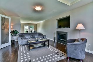 Photo 10: 9381 160A Street in Surrey: Fleetwood Tynehead House for sale : MLS®# R2188719