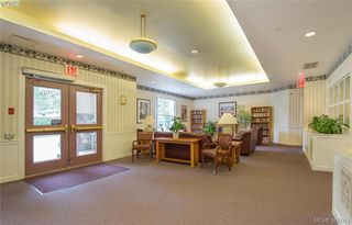 Photo 3: 218 290 Island Highway in VICTORIA: VR View Royal Condo Apartment for sale (View Royal)  : MLS®# 380919