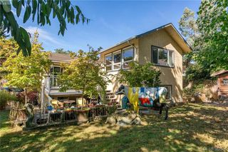 Photo 14: 973 Marchant Rd in BRENTWOOD BAY: CS Brentwood Bay House for sale (Central Saanich)  : MLS®# 768482
