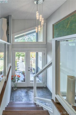 Photo 2: 973 Marchant Rd in BRENTWOOD BAY: CS Brentwood Bay House for sale (Central Saanich)  : MLS®# 768482