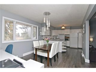 Photo 9: 2203 45 ST SW in Calgary: Glendale House for sale : MLS®# C4101882
