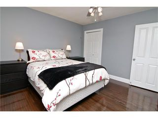 Photo 4: 2203 45 ST SW in Calgary: Glendale House for sale : MLS®# C4101882