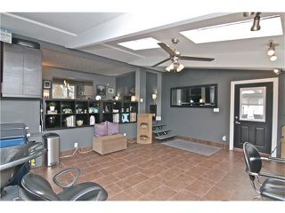 Photo 30: 2203 45 ST SW in Calgary: Glendale House for sale : MLS®# C4101882